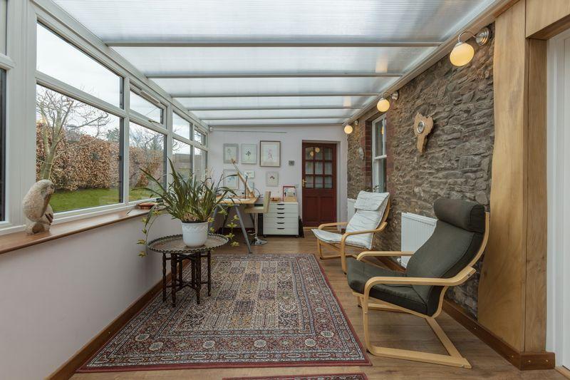 Sun porch / Studio
