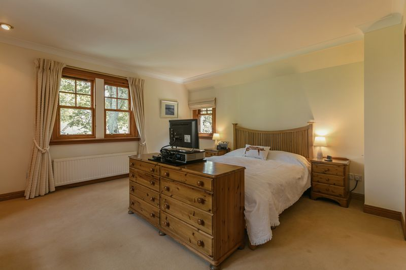 Principal bedroom