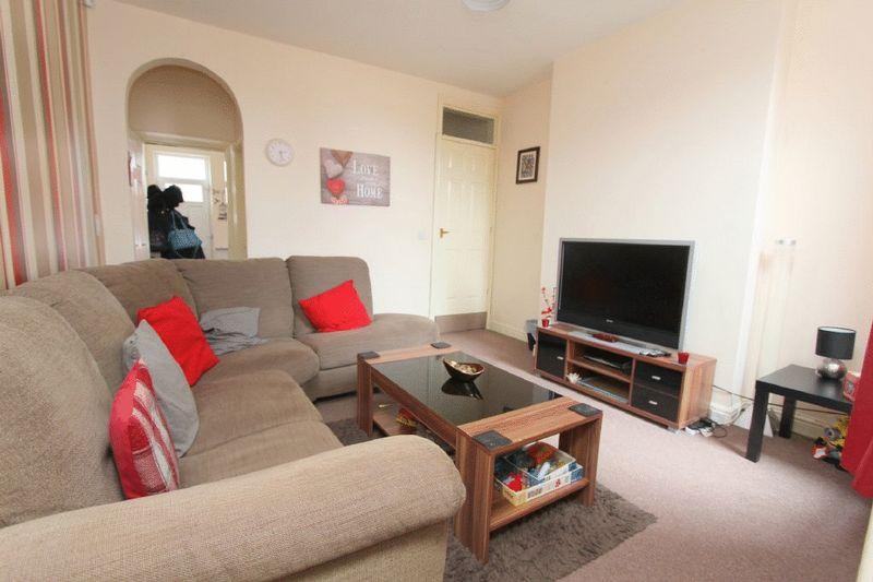 2 Bedrooms Property for sale in Cobden Street, Wednesbury