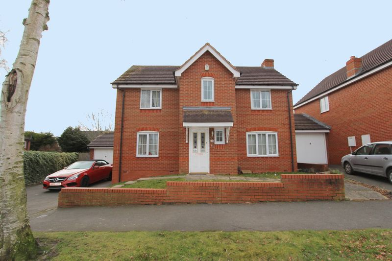 4 Bedrooms Property for sale in Fernbank Crescent, Walsall