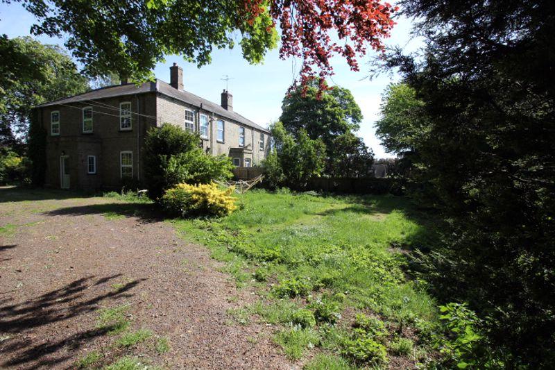 Nutsgrove Farm House Thorney