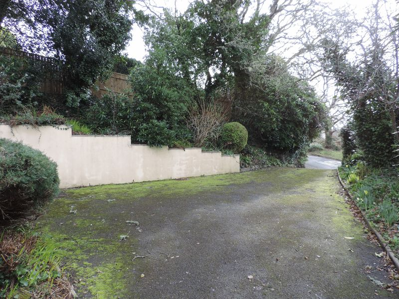 Trolver Hill Feock