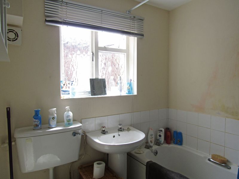 Maisonette Bathroom
