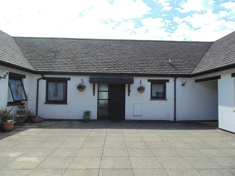 1 Bedroom Property for sale in Okehampton, Devon