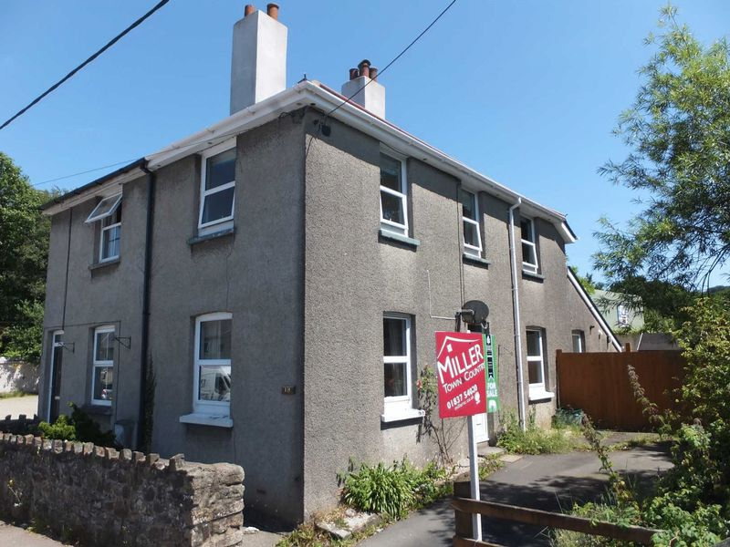 3 Bedrooms Property for sale in Okehampton, Devon