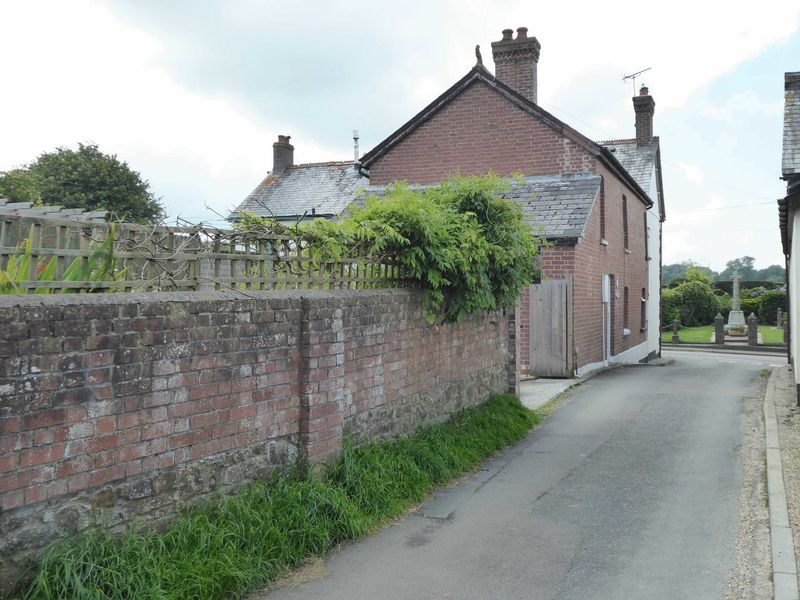 2 Bedrooms Property for sale in Black Torrington, Devon