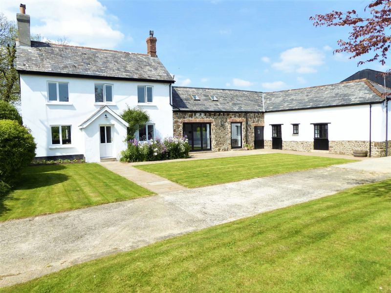6 Bedrooms Property for sale in Holsworthy, Devon