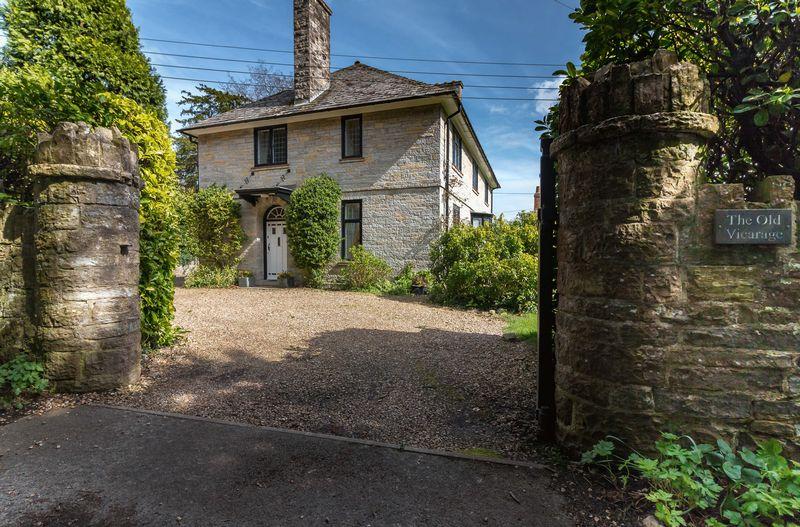Church Close Butleigh