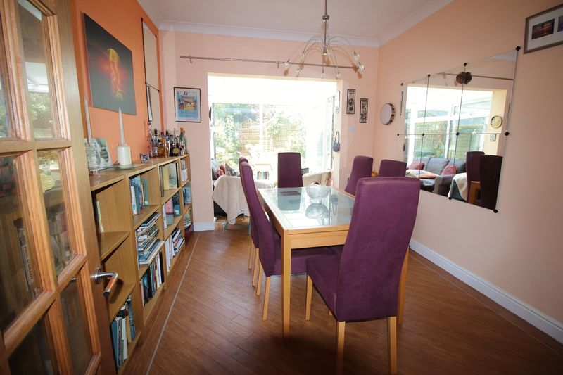 DINING ROOM OPEN PLAN TO CONSERVATORY