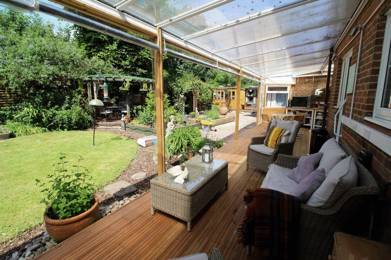 CANOPIED DECKED AREA