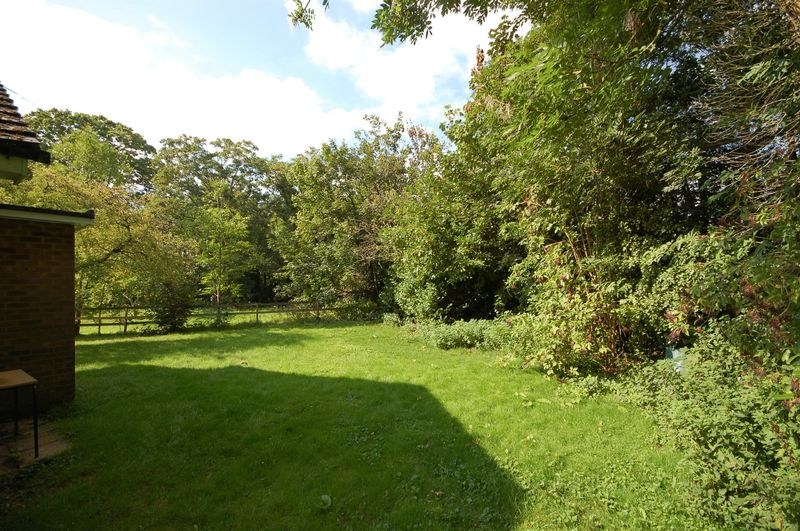 Pynchfield Manor Old Uxbridge Road