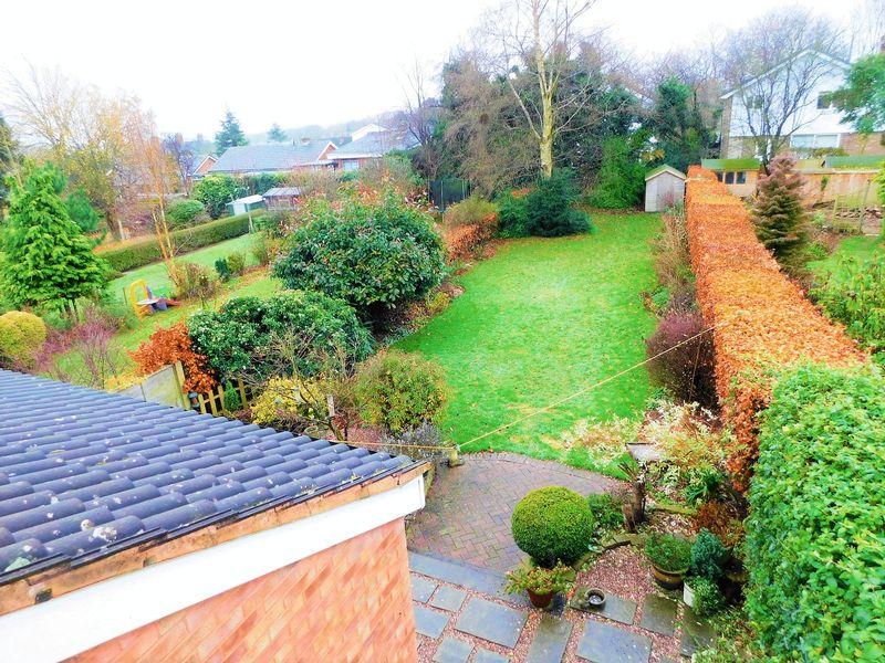 Barn Bank Lane Moss Pit