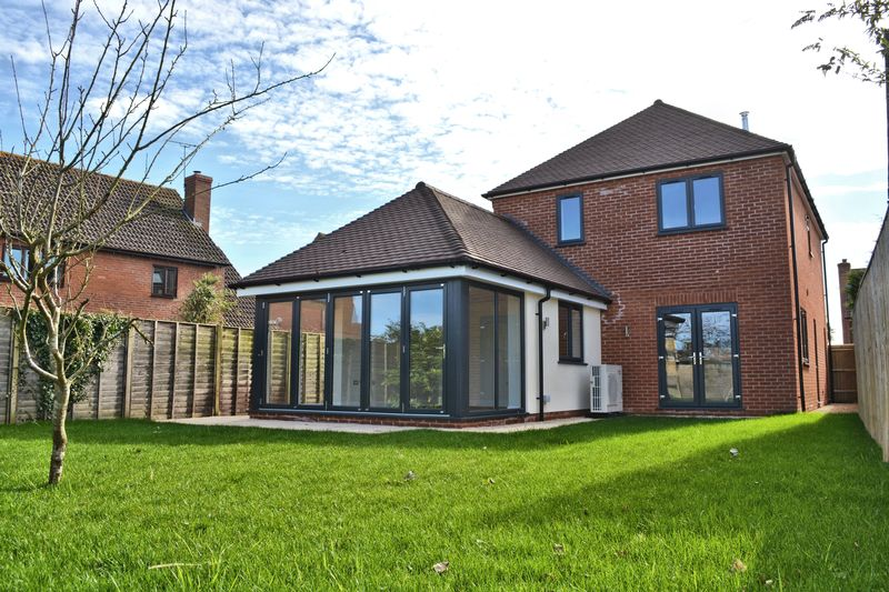1B Manor Green, Harwell