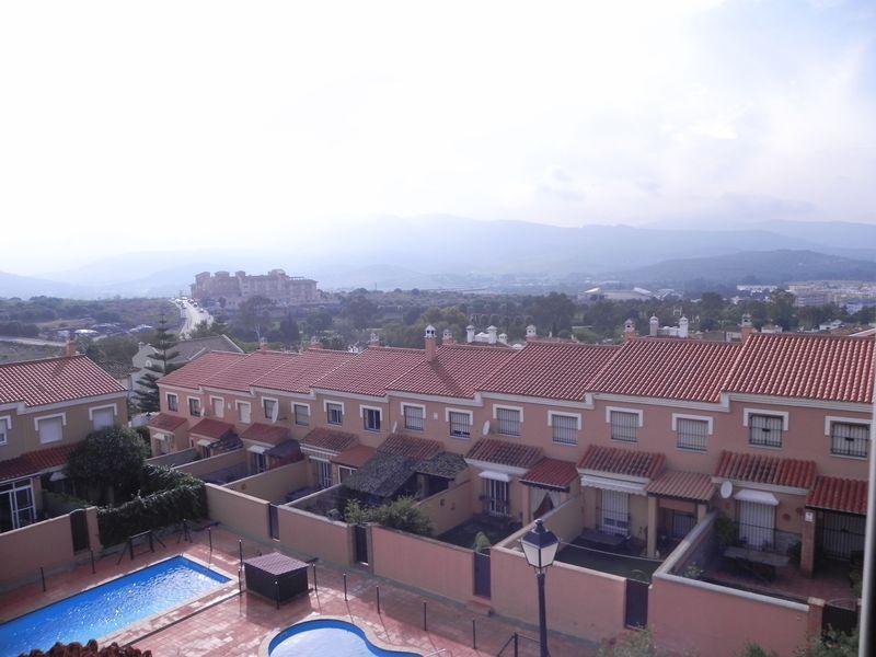 C/Almendros Santa Rosa