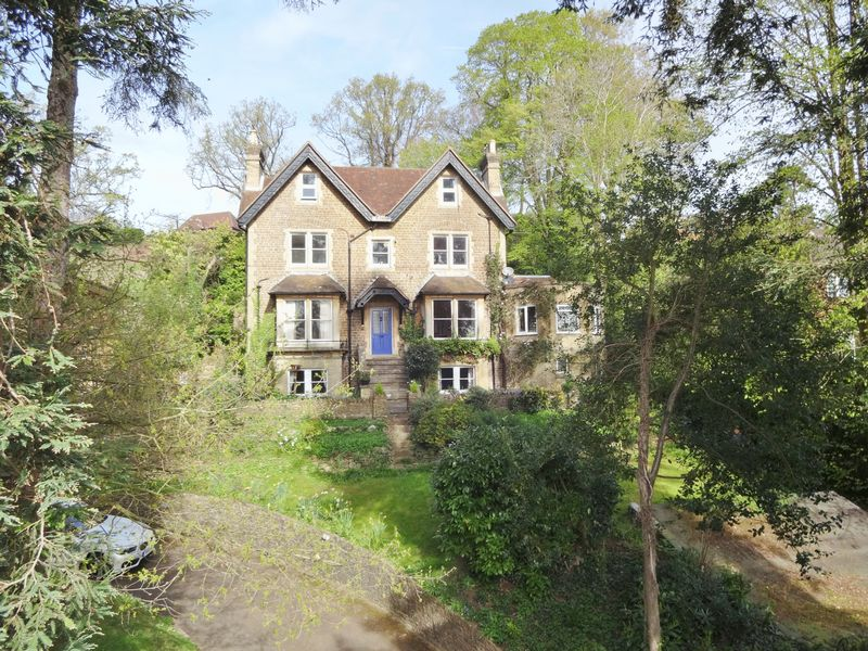 2 Bedrooms Property for sale in Shadyhanger House 21 Shadyhanger, Godalming