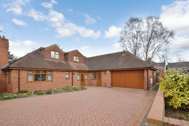 Laburnum Close Kinver