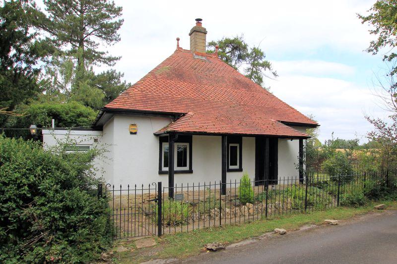 Leigh Road Holt