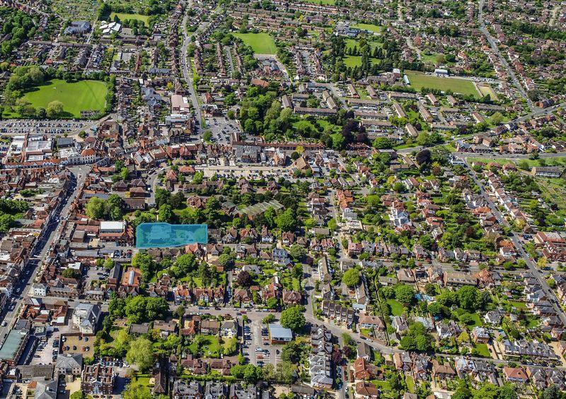 Cromwell Gardens