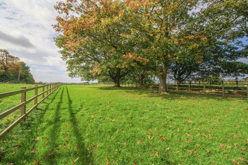 Wood End Medmenham