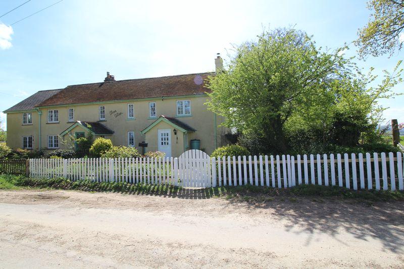 Cleave Cottage Whitestone