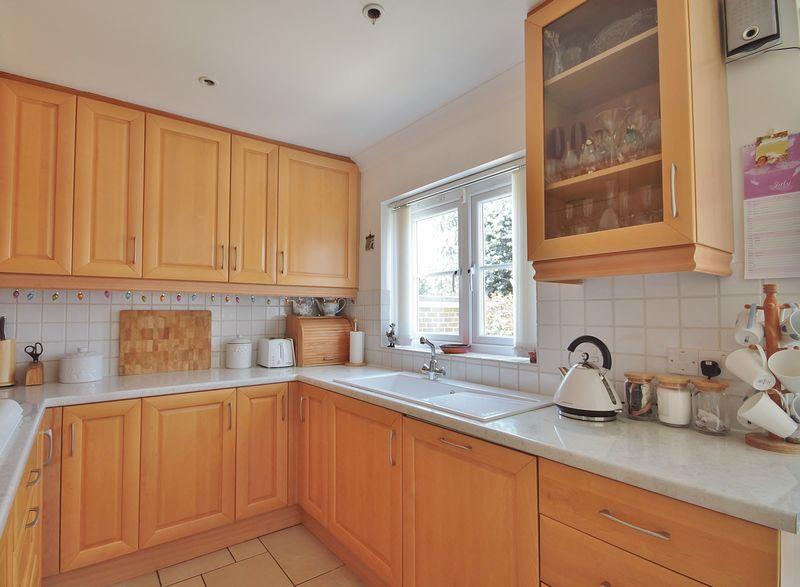 Bushnell Close Headington