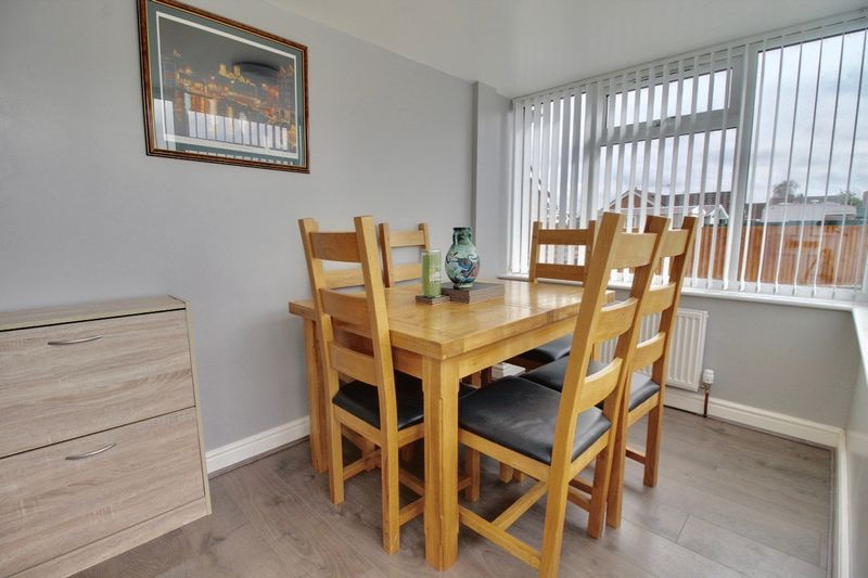 Dining Area/Porch