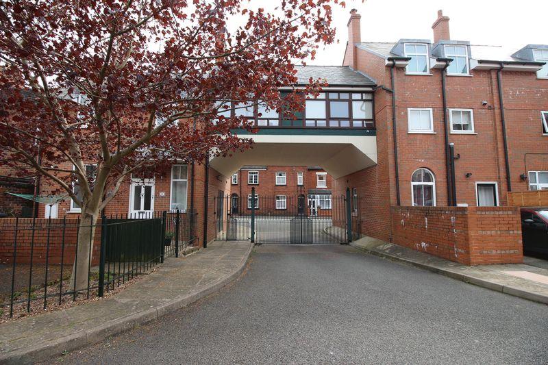 Waterloo Court, Off Barngate Street