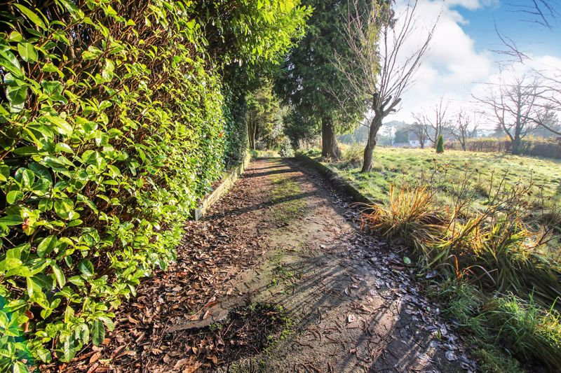 Birchall Lane