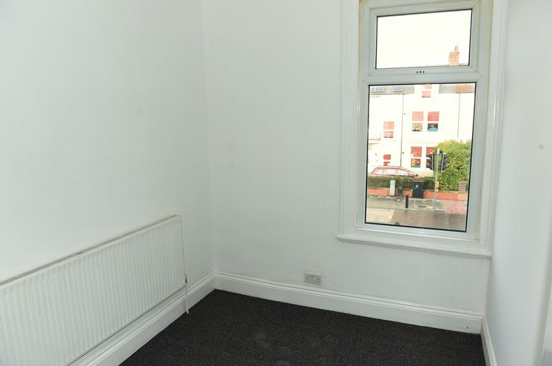 147 Southfield Road Room 3