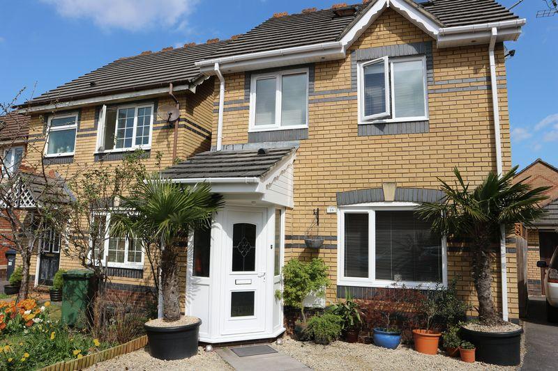 Kingham Close