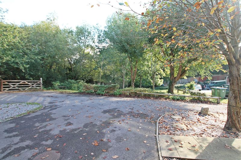 Stalybridge Close Park Gate