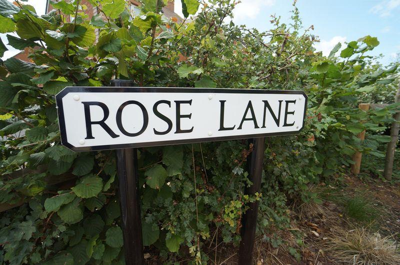 Rose Lane Wellesbourne