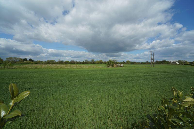 Gras Close Bretforton