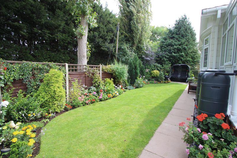 Hunt Hall Lane Welford-Upon-Avon