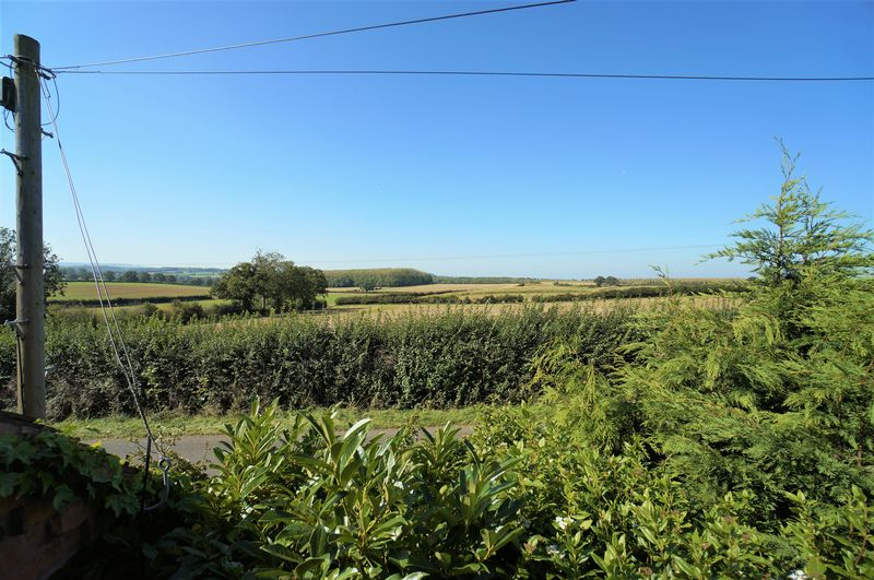 Evesham Road Weethley