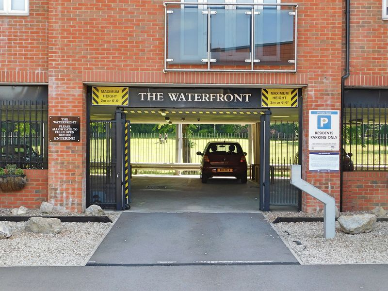 The Waterfront Welham Street