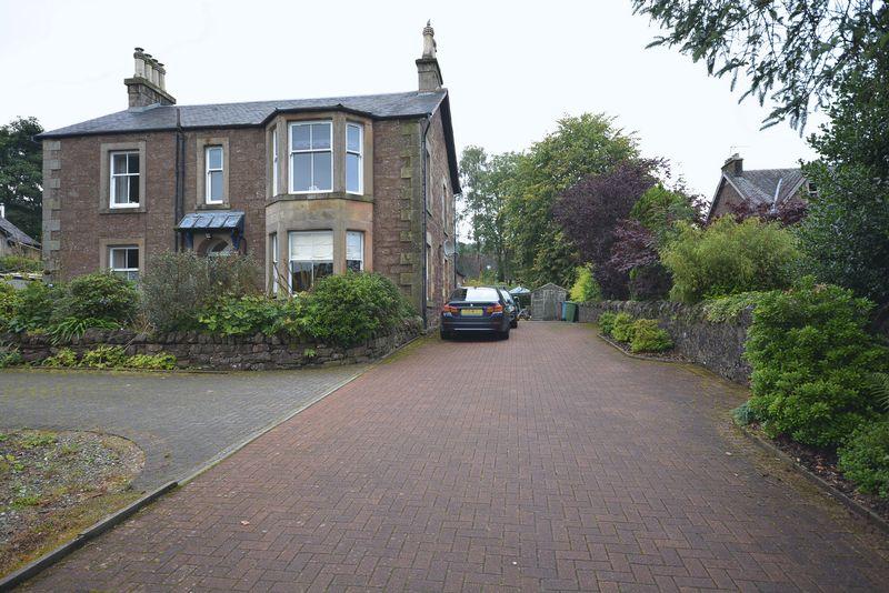 Stirling Road