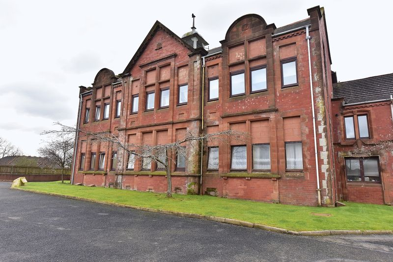 Redhouse court blackburn remax scotland for Fixed price house build