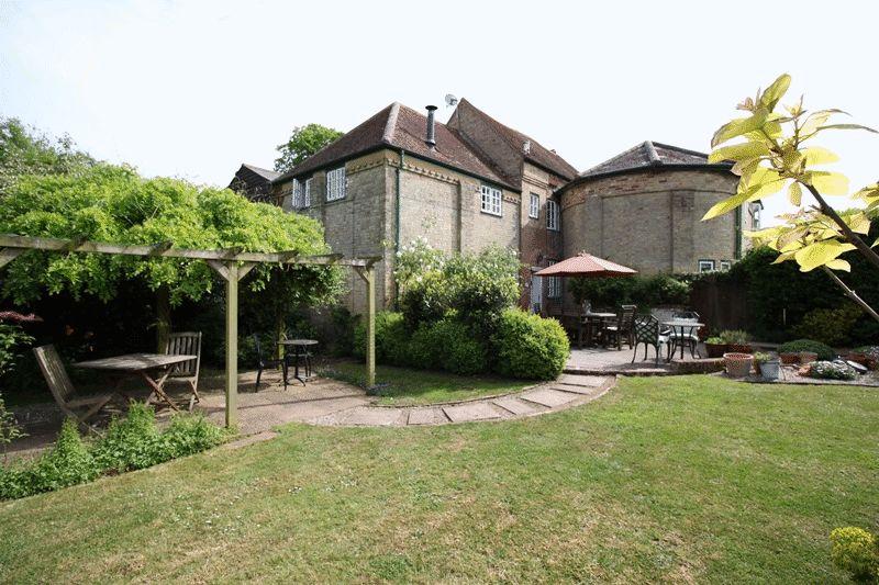 Grove Manor Farm, The Street Woodnesborough