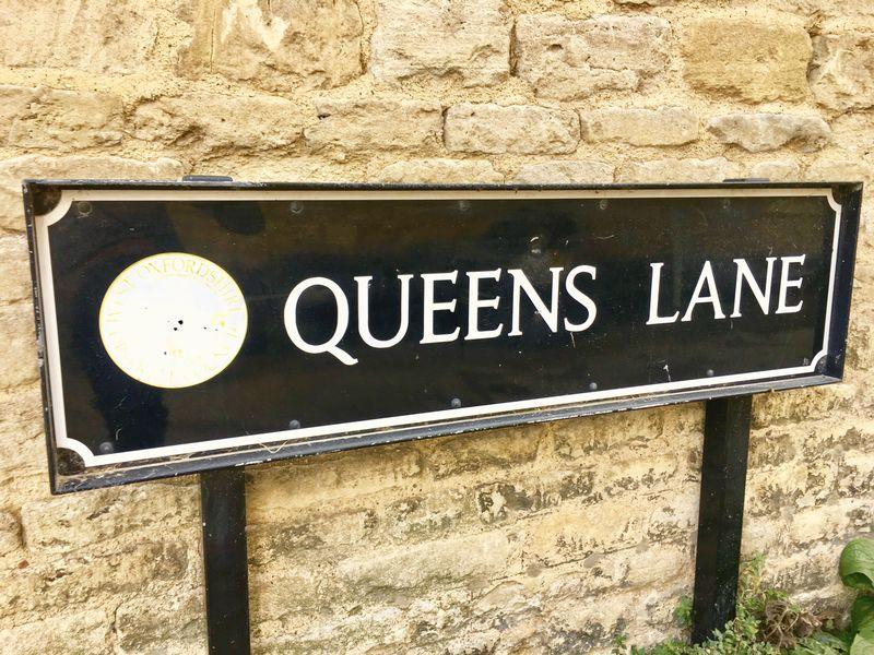 Queens Lane