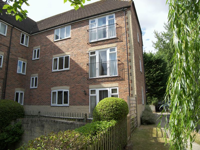 2 Bedrooms Property for sale in Anna Pavlova Close, Abingdon