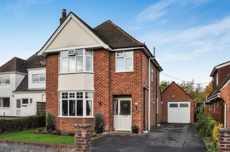 3 Bedrooms Property for sale in South Avenue, Abingdon