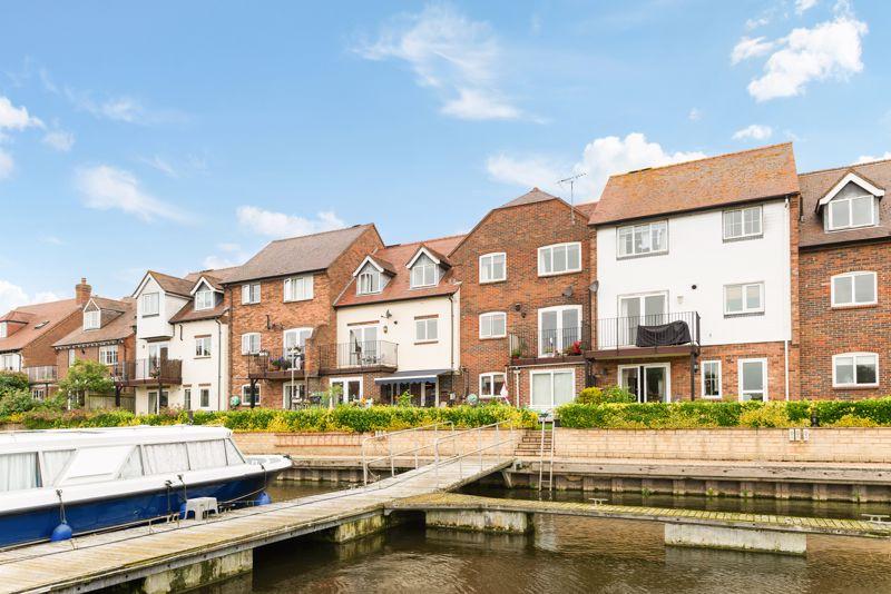 West Quay, Abingdon Marina