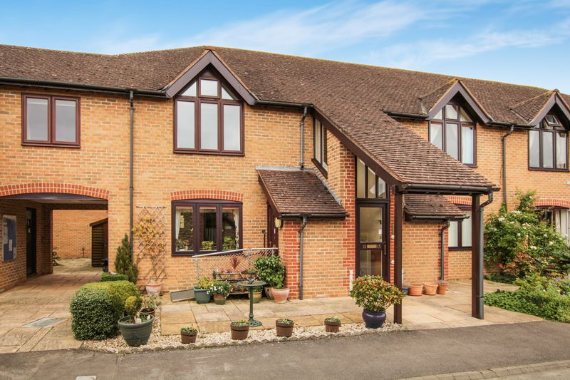 2 Bedrooms Property for sale in Sweet Briar, Marcham, Abingdon