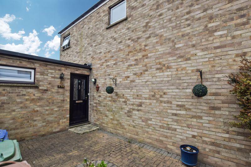 Newton Close Corringham