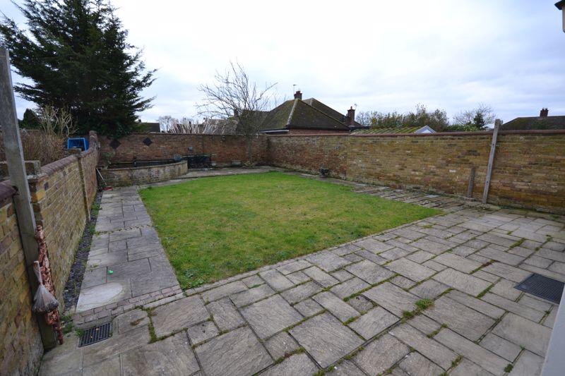 Dunmow Gardens West Horndon