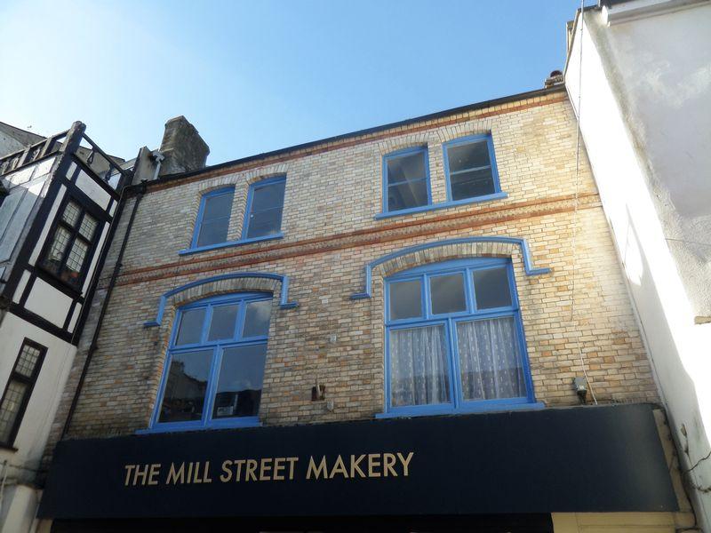 5 Mill Street