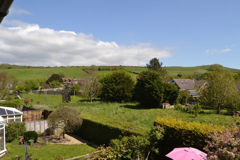 Starks Close Shorwell