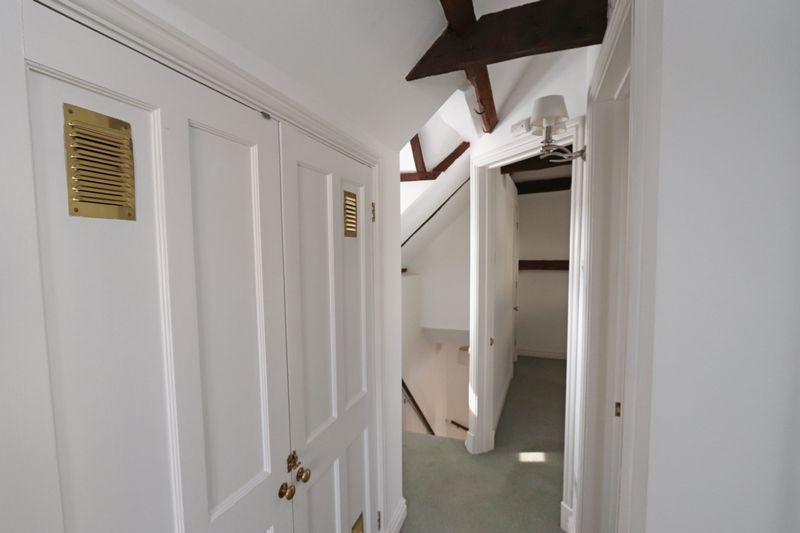 15 - 16 Olde Barn Passage
