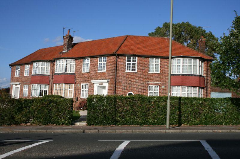 Elmgate Court Hale Lane